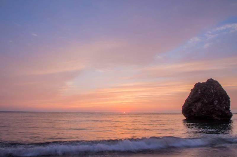 写真2 800 夕暮れ三瀬海岸